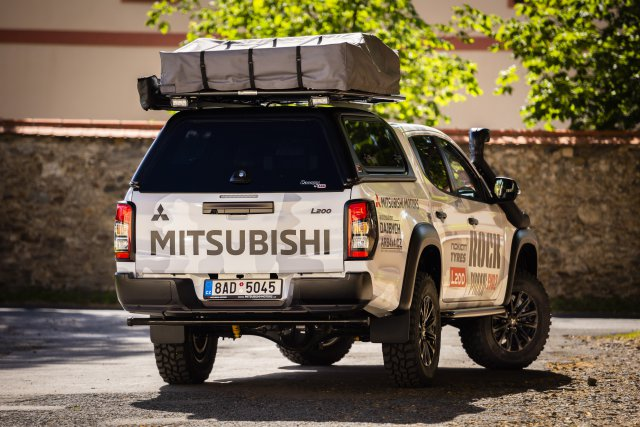 MITSUBISHI L200 ROCK PROOF EVOLUTION 2 (04)