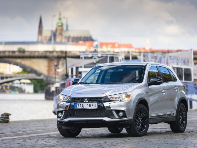 MITSUBISHI ASX – BLACK EDITION (01)